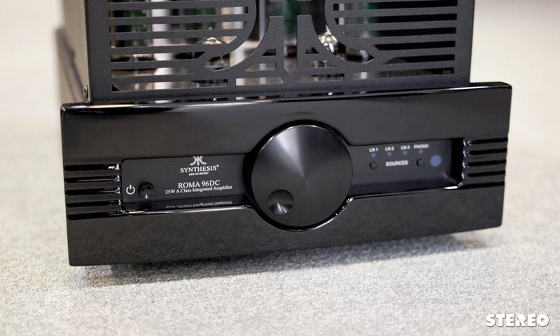 Trải nghiệm ampli đèn Synthesis Roma 96DC: Nhỏ xinh, hát hay
