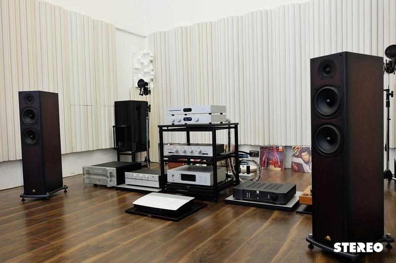 Đánh giá ampli tích hợp Audiolab 8300A: thiết kế gọn gàng, âm thanh ấn tượng trong tầm giá