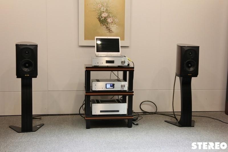 Azur 851N: nguồn phát nhạc số đa năng và toàn diện của Cambridge Audio