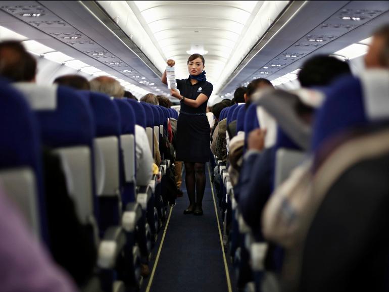 Bay quanh thế giới với 12 hãng hàng không giá rẻ tốt nhất