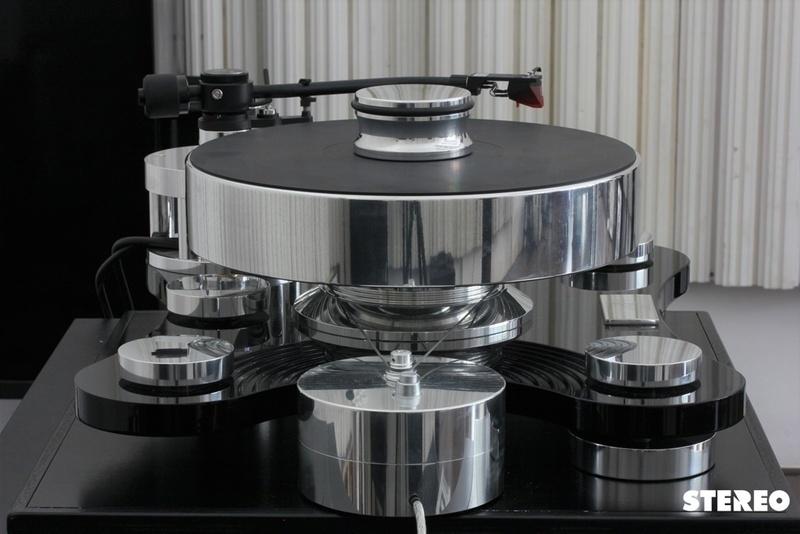 Transrotor ZET 1: mâm đĩa nhựa cao cấp của Đức dành cho người sành chơi