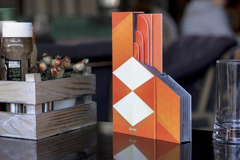 Bộ dụng cụ nhà bếp tích kiệm diện tích, gấp dễ dàng như giấy Origami