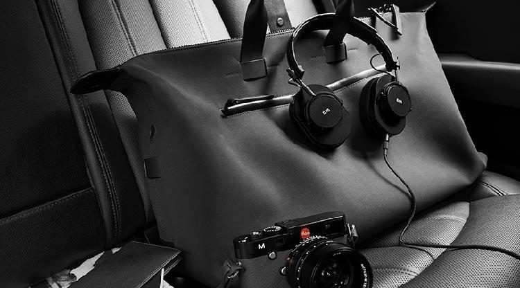 Master & Dynamic kết hợp với Leica ra mắt các tai nghe phiên bản đặc biệt, thiết kế theo máy ảnh Leica