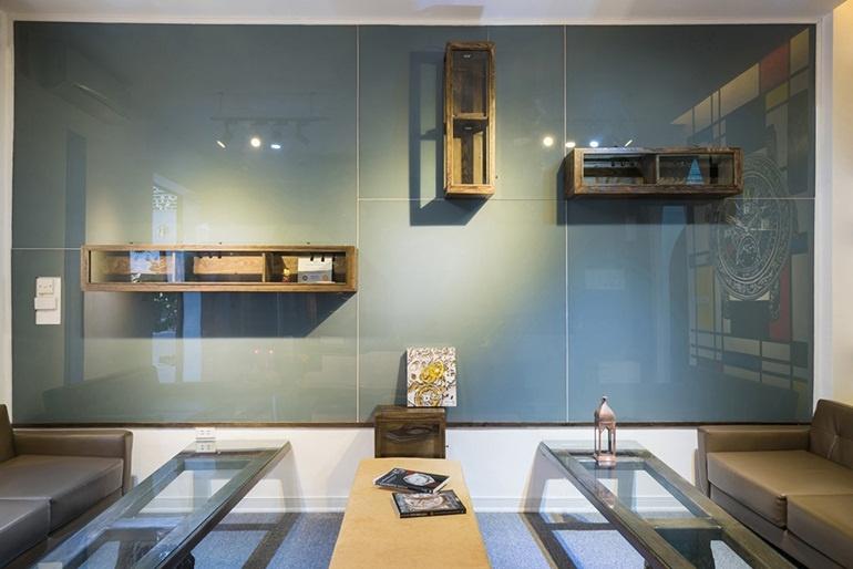 The Shield: Phòng trưng bày đồng hồ và điện thoại độc đáo ngay lòng Hà Nội