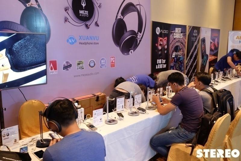 [PAS SAIGON 2017] Sôi động với hàng trăm mẫu tai nghe & loa di động mới