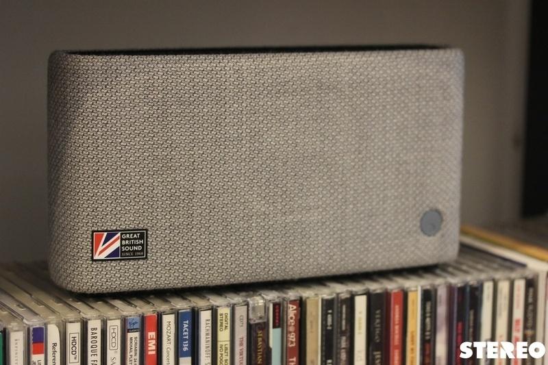 Loa di động Cambridge Audio Yoyo S: đồ chơi âm thanh thú vị cho bàn làm việc