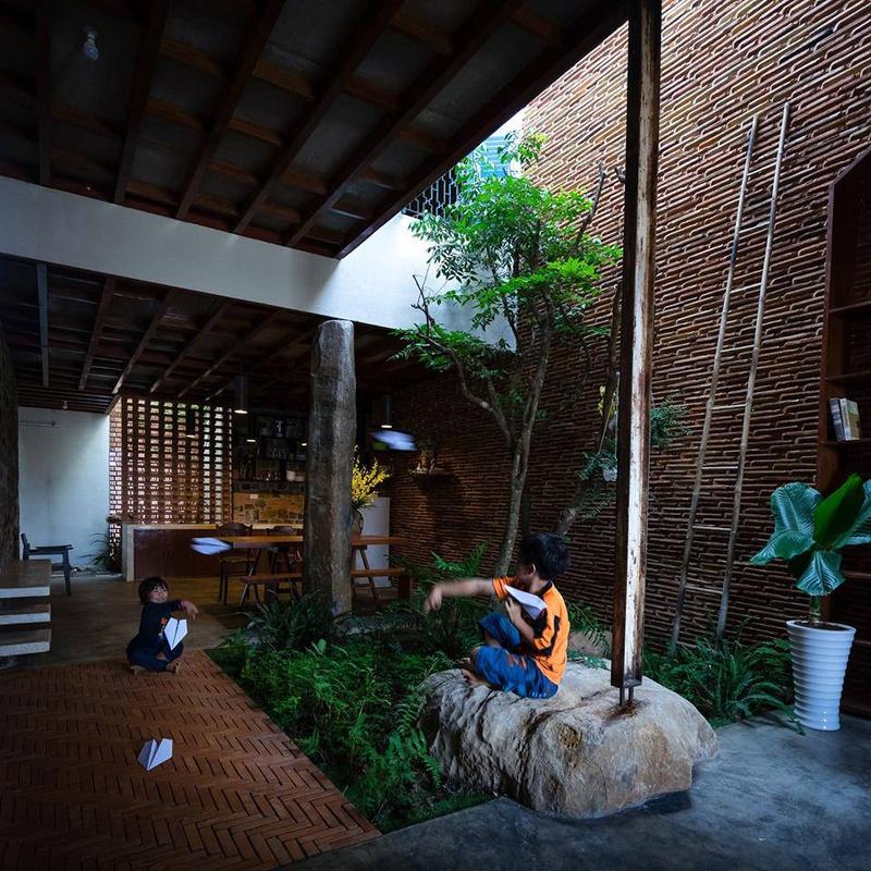 Cặp vợ chồng ở Lâm Đồng khiến nhiều người phải ao ước trước tổ ấm của mình.
