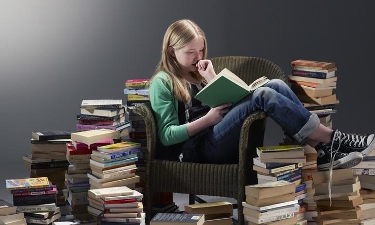 Khoa học chứng minh đọc sách giúp con người trở nên tích cực, dễ đồng cảm
