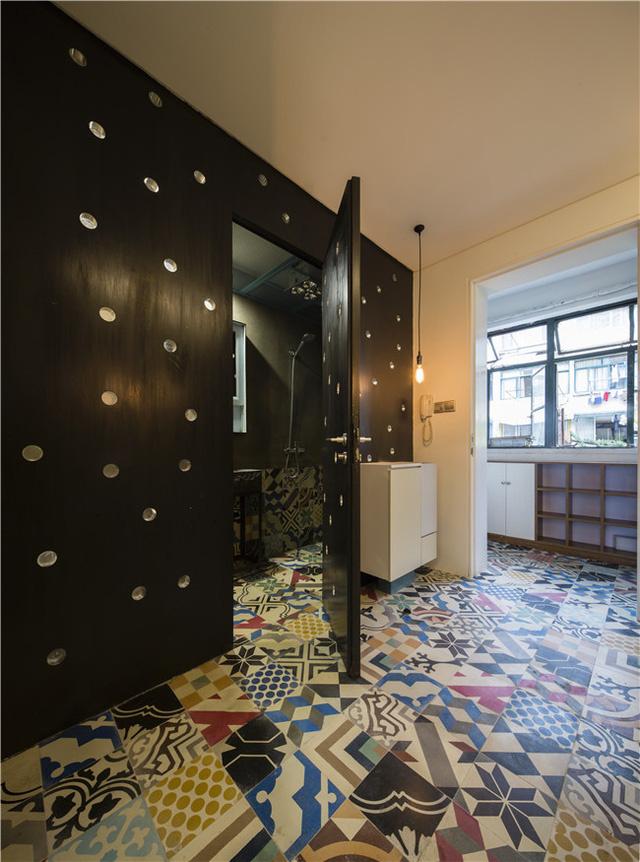 Ngạc nhiên căn hộ 30m2 cũ kỹ biến hóa nghệ thuật