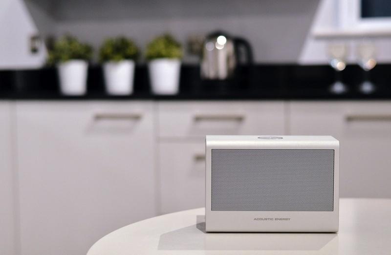 Acoustic Energy ra mắt loa di động Aego BT2 với Bluetooth aptX