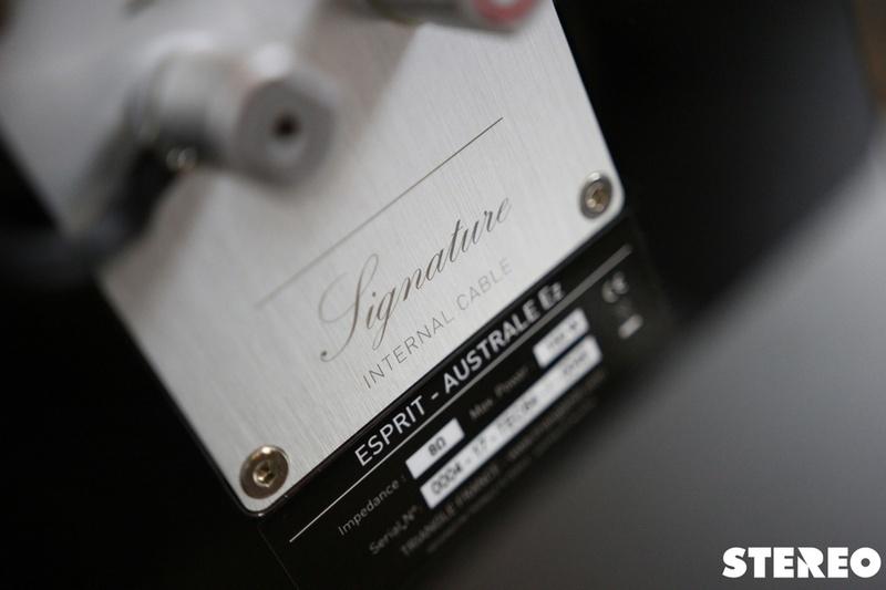 Australe EZ: loa cột đầu bảng dòng Esprit EZ từ Triangle