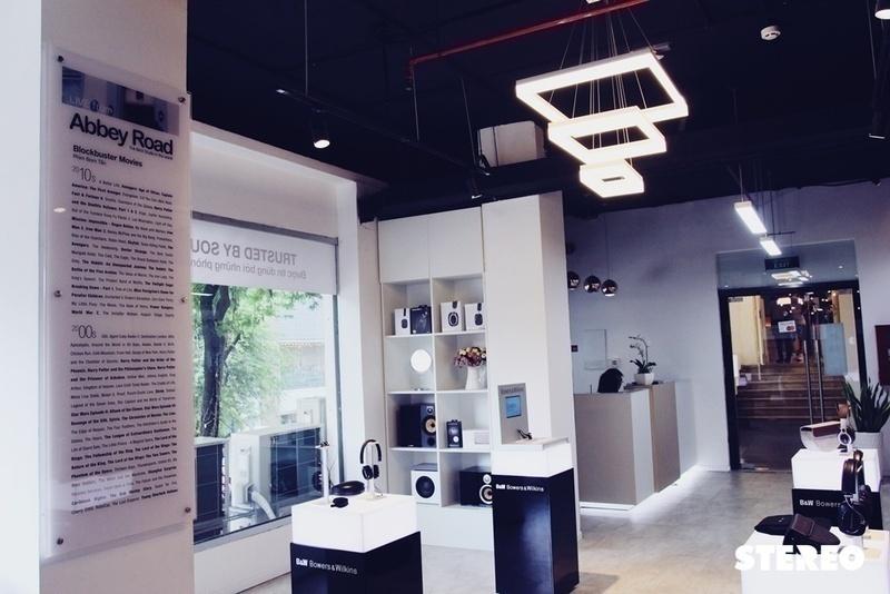 Khám phá thế giới âm thanh hàng đầu tại Showroom chính thức của Bowers & Wilkins - Lầu 1, 45 Lê Thánh Tôn, Q.1, Tp Hồ Chí Minh