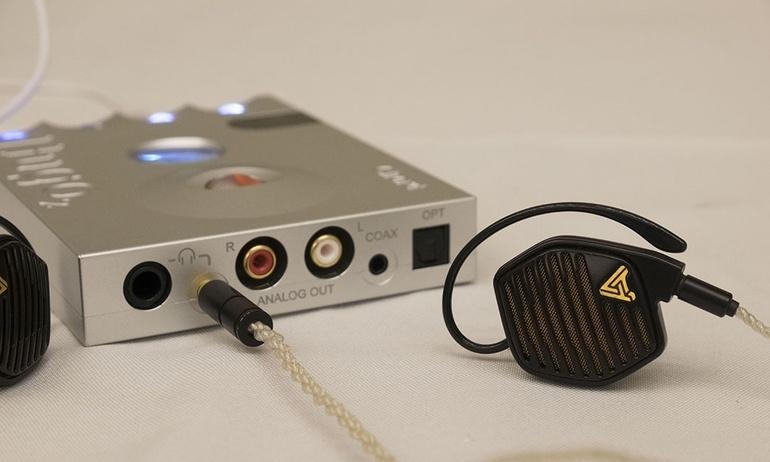 Audeze chính thức ra mắt tai nghe in-ear đầu bảng LCD-i4