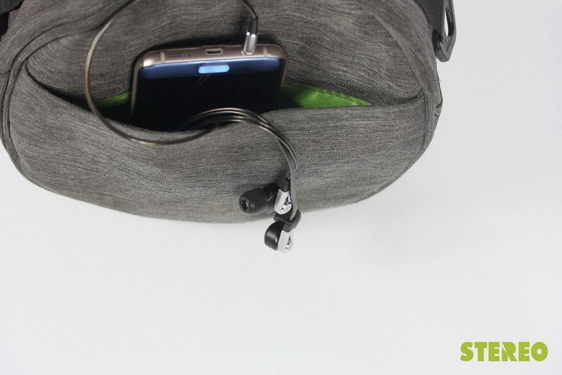 Tai nghe Denon AH-C820: Lựa chọn tốt để nghe nhạc với smartphone
