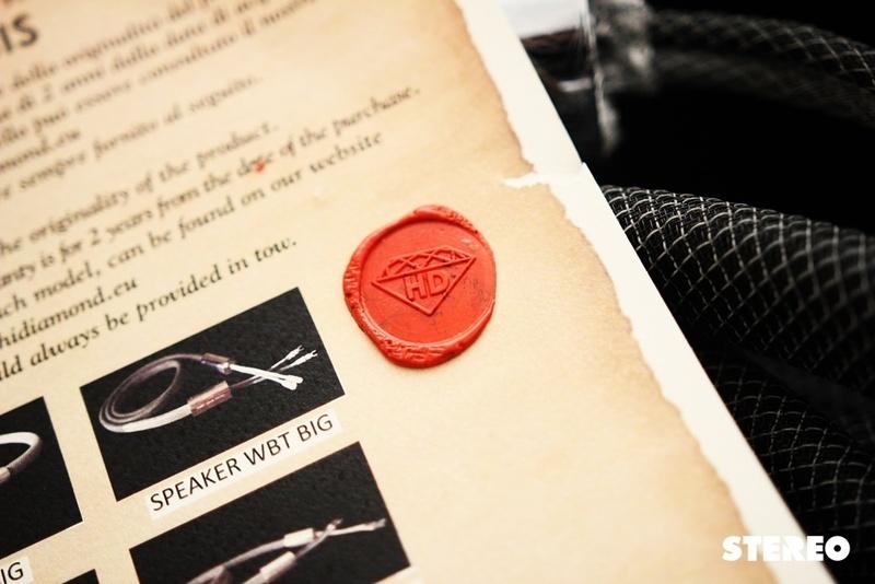 """HiDiamond GENESIS: Trải nghiệm cáp loa """"kim cương"""" của Ý"""