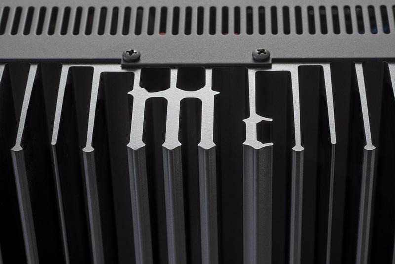 McIntosh hé lộ thông tin chính thức về ampli tích hợp cao cấp MA9000