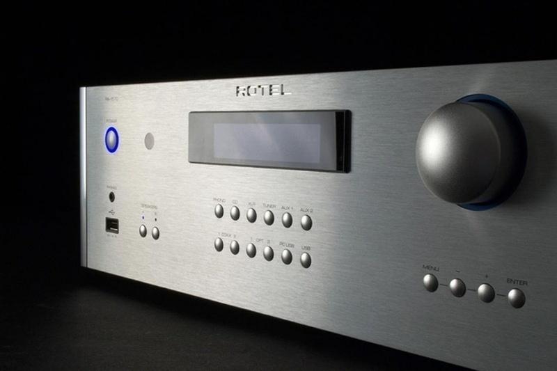 Rotel RA-1592: ampli tích hợp cao cấp nhất của Rotel