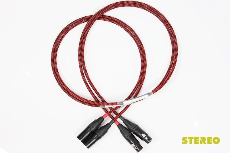 Kết nối tình yêu âm nhạc với dây dẫn Black Cat Cable