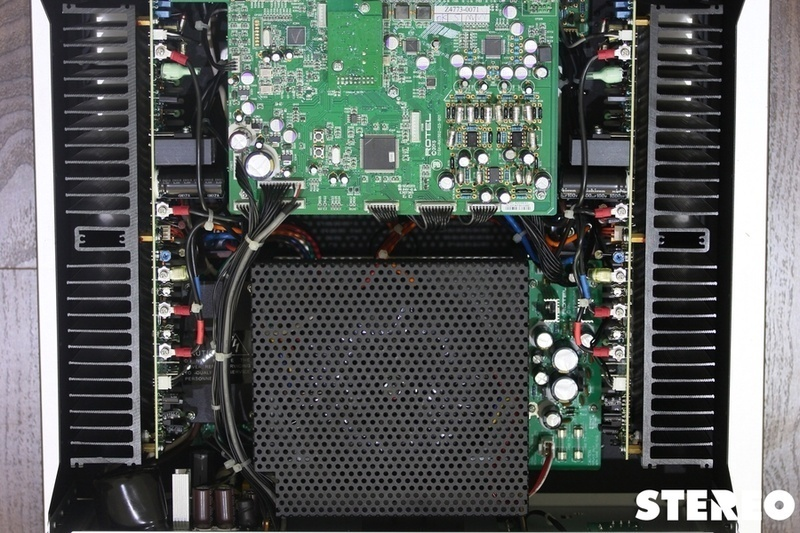 Rotel RA-1592: phảng phất nét hi-end trong một ampli tích hợp hi-fi