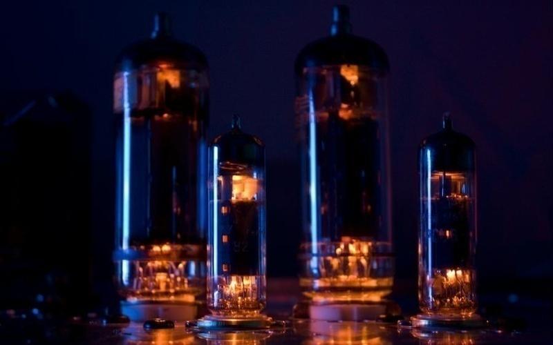 Giải mã hiện tượng cải thiện âm thanh theo nhiệt độ của ampli đèn