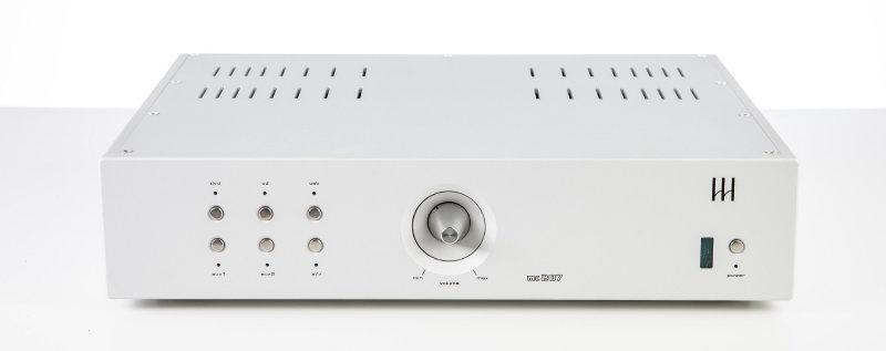 Monrio ra mắt ampli tích hợp MC 207 thế hệ mới