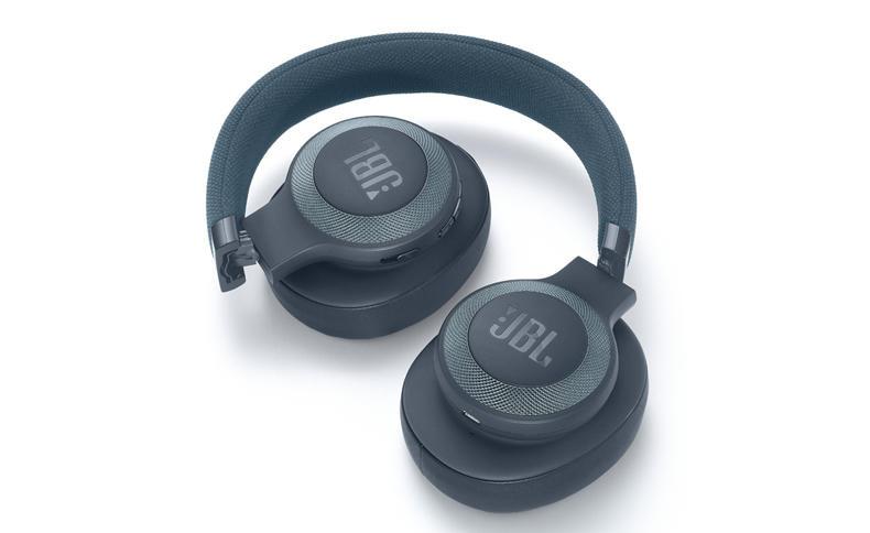 JBL tung ra thị trường hàng loạt sản phẩm âm thanh di động với nhiều tính năng hấp dẫn, giá phải chăng