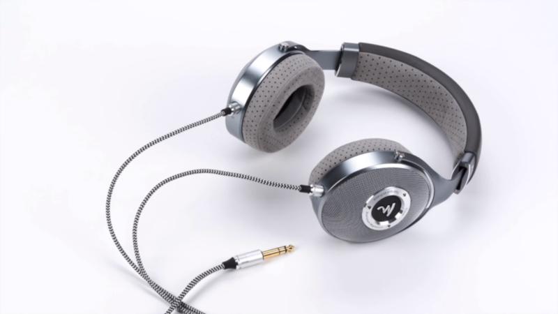 Focal giới thiệu loa cột Kanta No.2 và tai nghe full size Clear