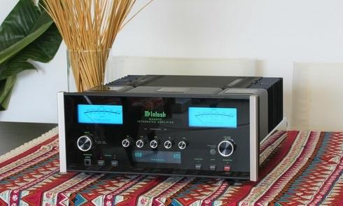 McIntosh MA8900: Ampli tích hợp đa tài thế hệ mới