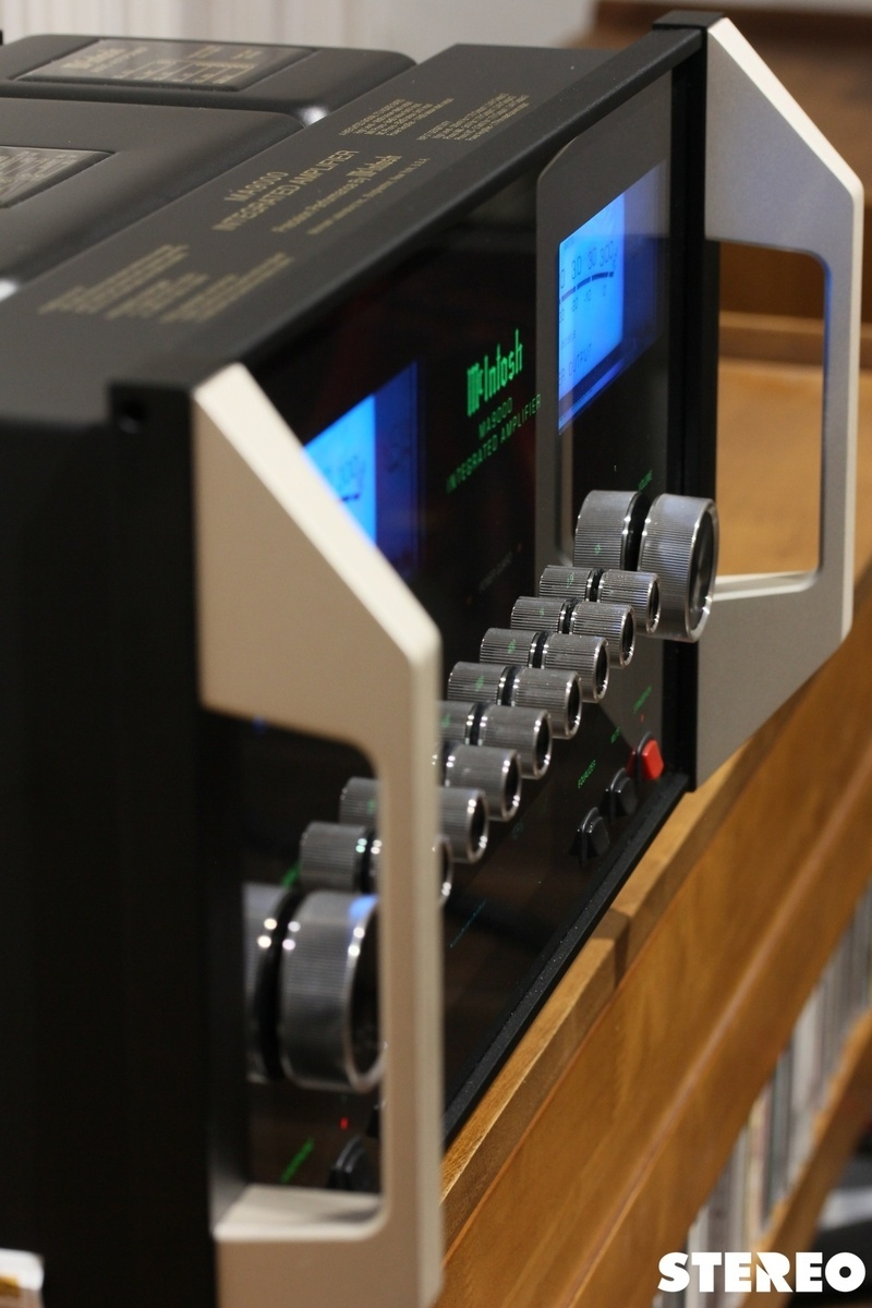Ampli tích hợp McIntosh MA9000:
