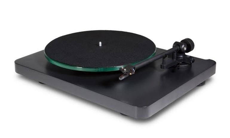NAD chuẩn bị xuất xưởng mâm đĩa than giá rẻ C 558