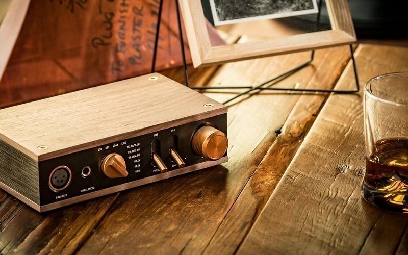 Klipsch phát hành Heritage Headphone Amplifier