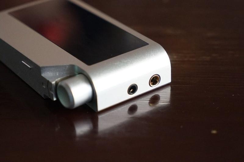 HiFiMAN giới thiệu máy nghe nhạc hi-end nhỏ gọn R2R2000