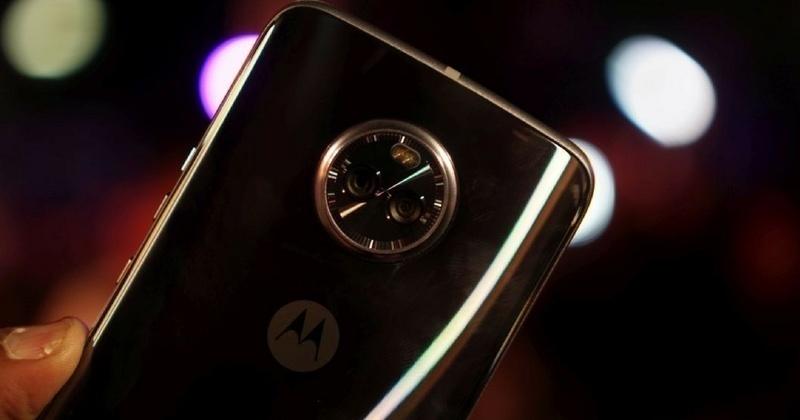 9 mẫu smartphone chống nước đáng chú ý trong năm 2017