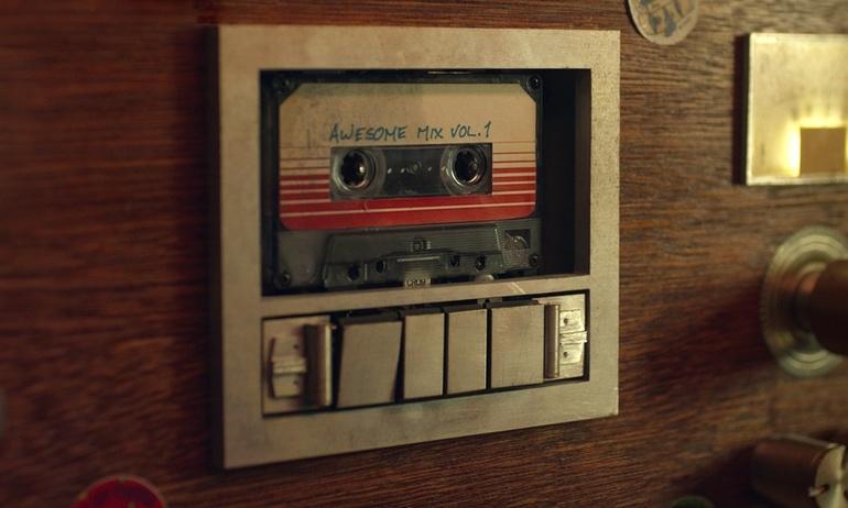 Doanh thu từ băng cassette tăng trưởng mạnh mẽ trong 2017