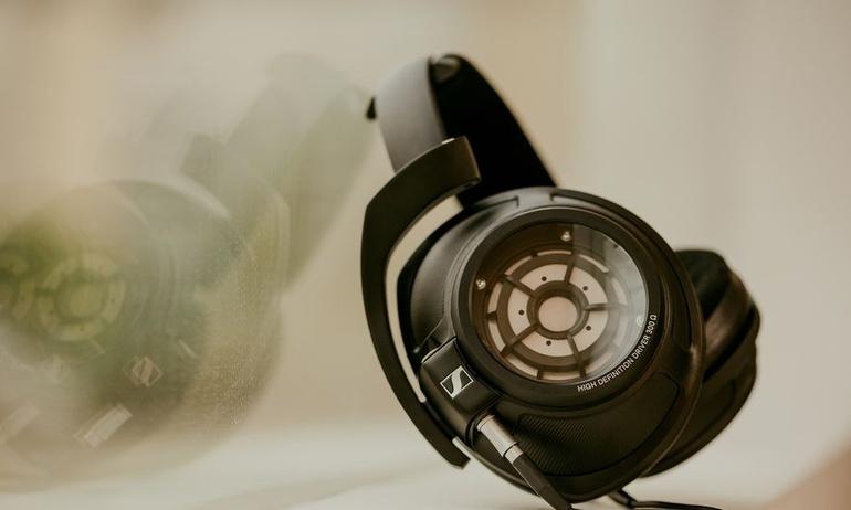 [CES2018] Sennheiser tung tai nghe đầu bảng HD 820 dành cho giới audiophile