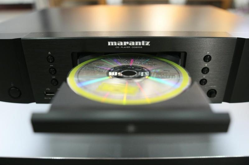 Bộ đôi đầu đọc Marantz CD6006 & ampli tích hợp Marantz PM6006