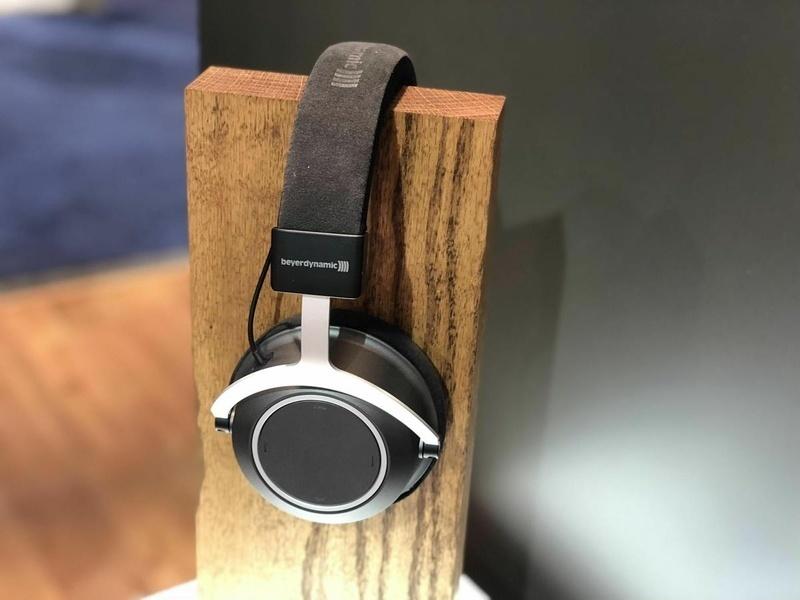 Beyerdynamic Amiron Wireless: Tai nghe không dây đẳng cấp audiophile