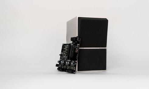 Tự biến cặp loa B&O passive của bạn thành loa active với món phụ kiện mới từ HifiBerrry