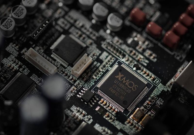 Edifier chính thức phát hành loa không dây chuẩn Hi-Res S880DB