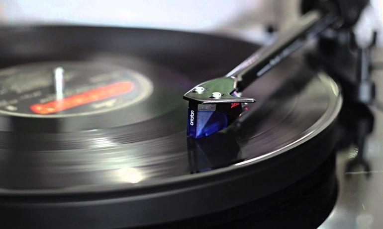 Ortofon đánh dấu cột mốc 100 năm bằng phiên bản đầu kim đặc biệt Stylus 2M Blue 100