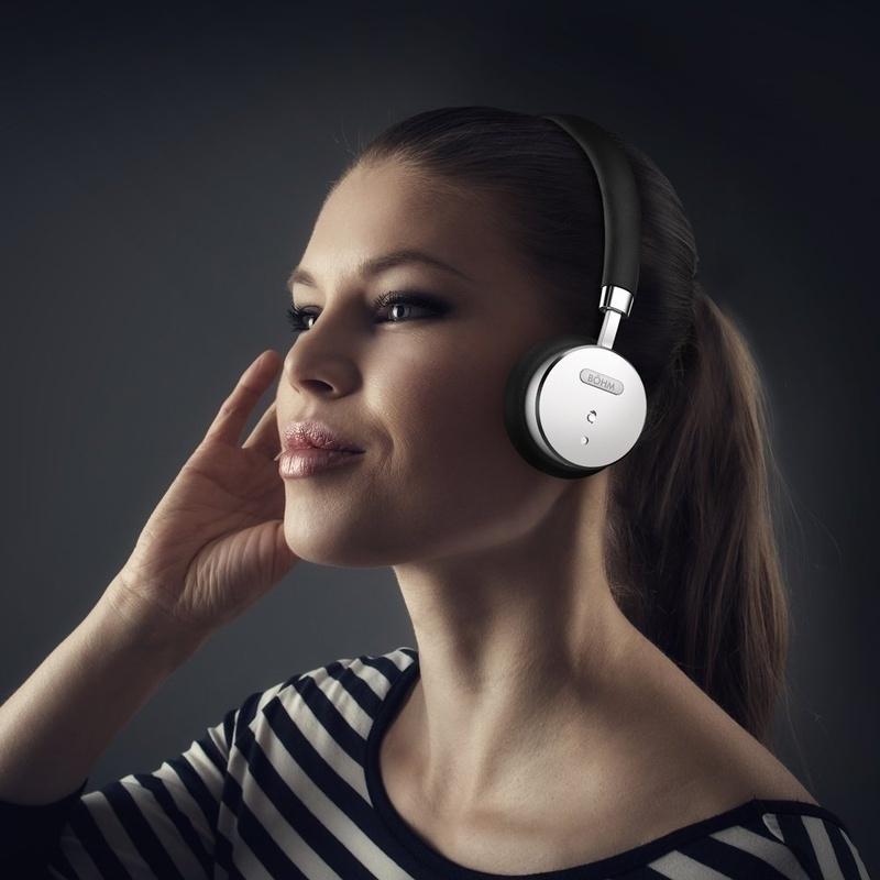 6 mẫu tai nghe chống ồn tốt nhất dưới 100$