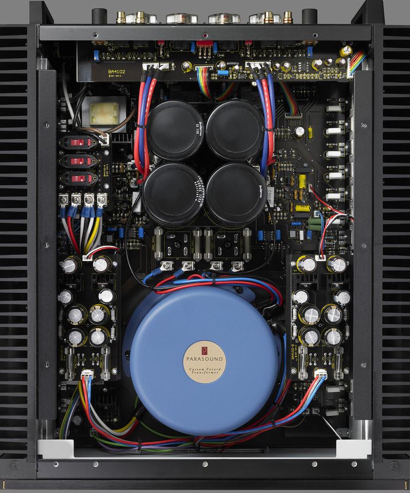 Parasound trình làng ampli công suất Halo JC 5