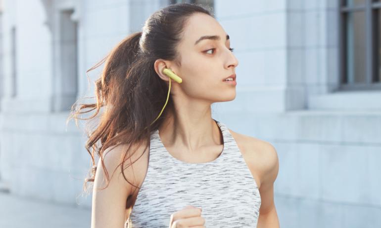 Sony WI-SP500: Tai nghe không dây dành cho thể thao