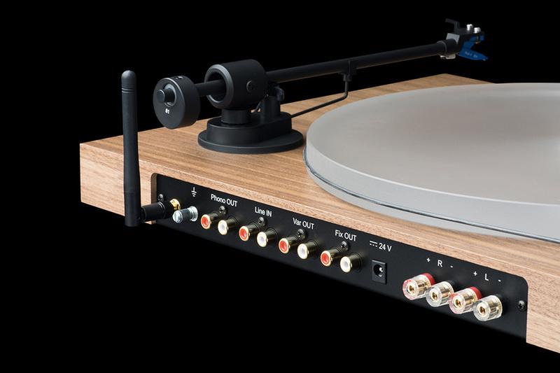 Pro-Ject Juke Box S2: Mâm đĩa than all-in-one, tích hợp sẵn ampli, sử dụng trực tiếp với loa