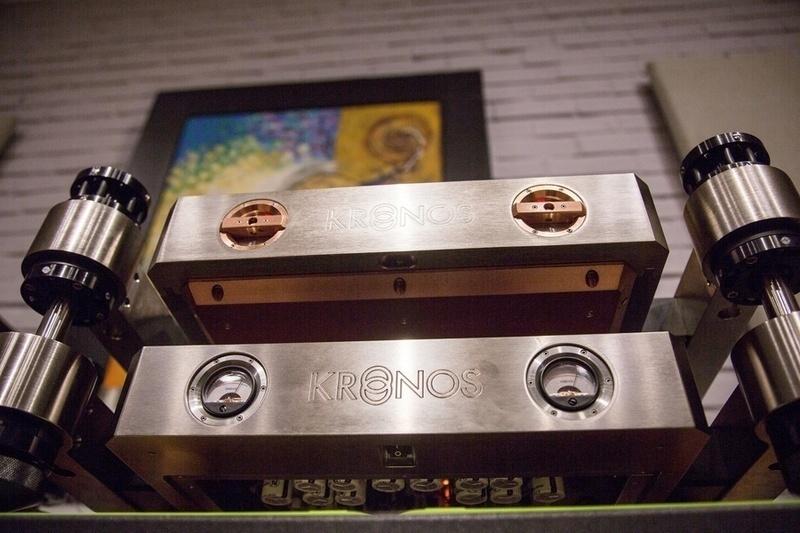 Nhà sáng lập Kronos Louis Desjardins giới thiệu phono tham chiếu Kronos Reference tại Công Audio