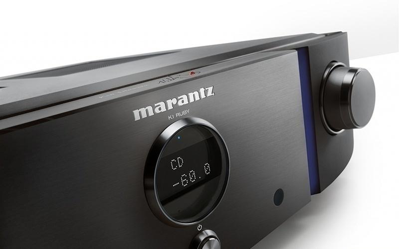 Marantz ra mắt bộ sản phẩm đặc biệt đính đá Ruby đỏ và chữ kí khắc laser