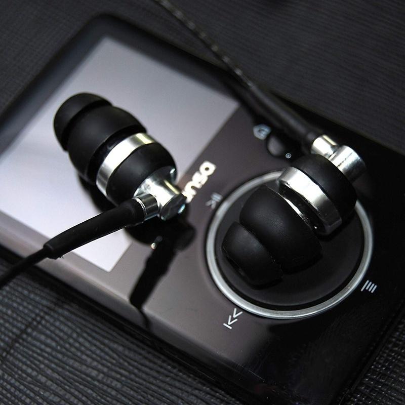 Brainwavz phát hành rộng rãi tai nghe M2 in-ear monitor