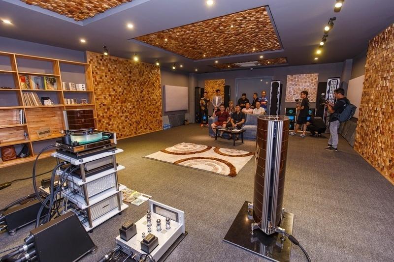 Đông Thành - Hòa Phúc tổ chức gặp gỡ, giao lưu và giới thiệu sản phẩm mới tại Hà Nội