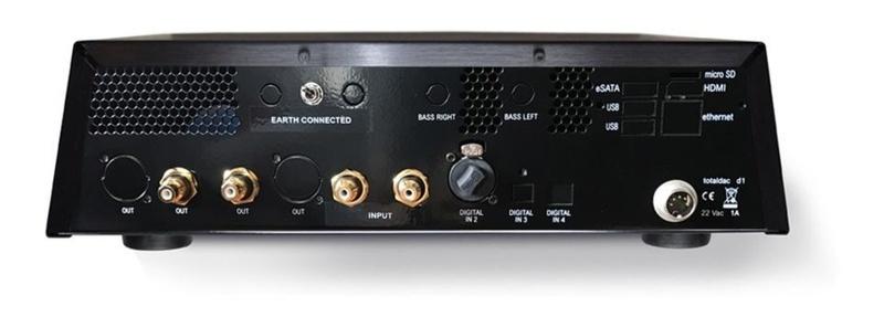 TotalDAC trình làng D1-Driver: Chiếc pre-amp không có volume hết sức độc đáo