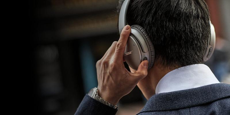 Alexa nay đã có mặt trên tai nghe Bose QuietComfort  35 II